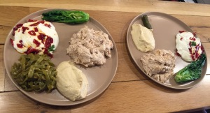 On the plate: Hummus, green beans in olive oil, spicy yoghurt, chinese cabbage, walnut mash
